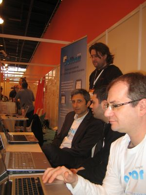 Demo sur le salon Solution Linux 2010.jpg